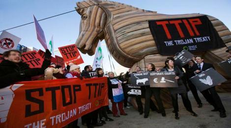 No-TTIP-Jess-Hurd-3-1050x700