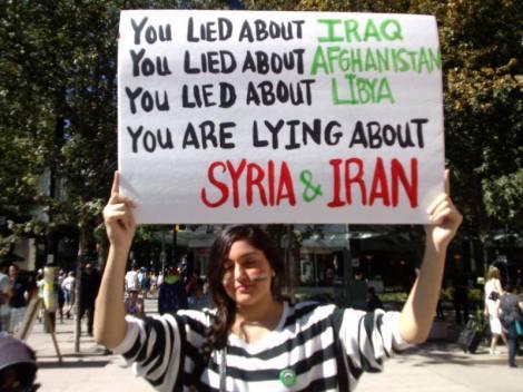 """""""Είπατε ψέματα για το Ιράκ. Είπατε ψέματα για το Αφγανιστάν. Είπατε ψέματα για τη Λιβύη.  Λέτε ψέματα για τη Συρία και το Ιράν."""""""