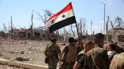 mideast-crisis-syria-aleppo-syrian-national-flag-sept-5-2016