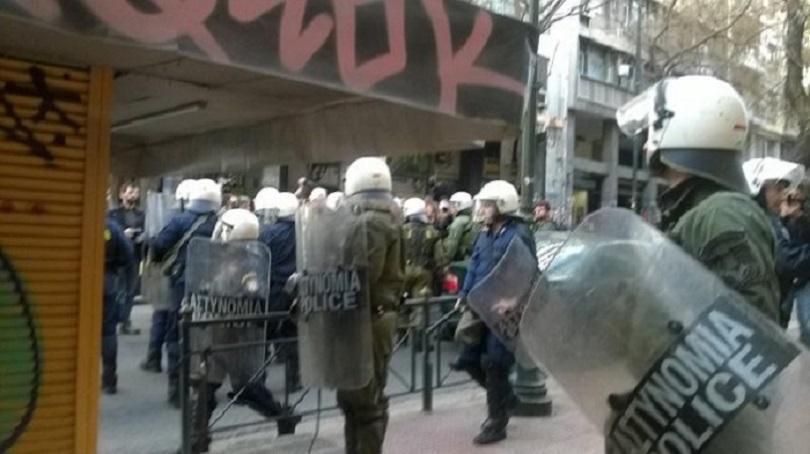 Συγκέντρωση αλληλεγγύης στους συλληφθέντες των πλειστηριασμών – Πέμπτη 15/3 Ευελπίδων