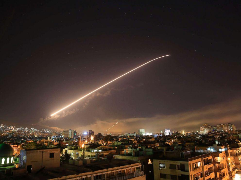 Η Αυτοκρατορία χτυπάει τη Συρία – το φάντασμα του παγκόσμιου πολέμου πάνω από την ανθρωπότητα