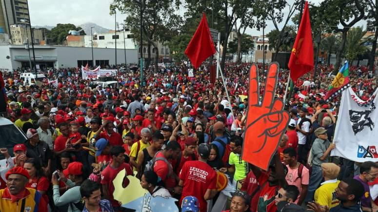 Κάτω το αντεπαναστατικό πραξικόπημα στη Βενεζουέλα!!!