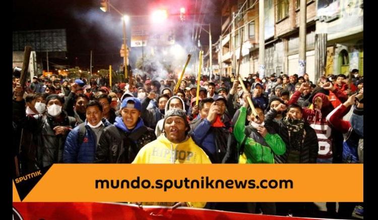 """Βολιβία: """"Τoυφέκια, πολυβόλα, το El Alto δεν θα πέσει!"""". Ξεκίνησε η ένοπλη αντίσταση ενάντια στο ακροδεξιό πραξικόπημα"""